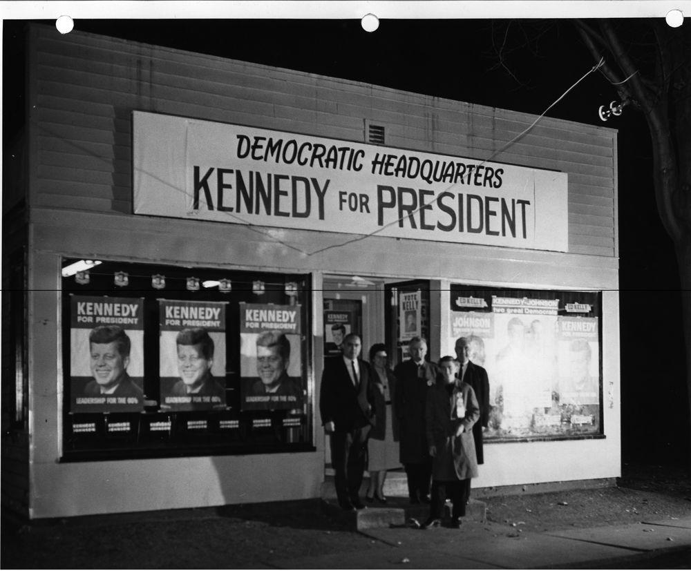 President John Kennedy In Front Jfk Assassination The