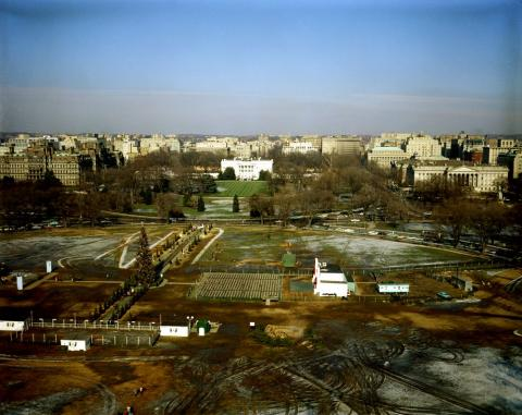JFKWHP-KN-C17055: Aerial View of White House Grounds and Washington, D.C., 27 December 1960